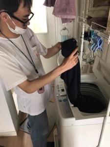 I夫先輩のおうちでお洗濯の練習